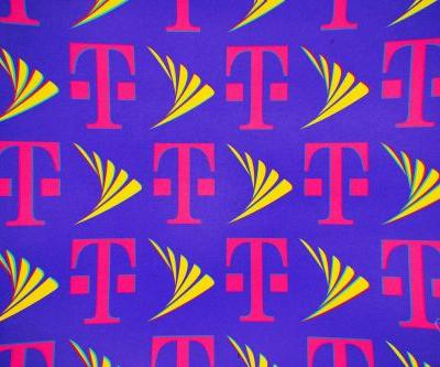 FCC pauses 180-day clock on T-Mobile and Sprint merger for additional review