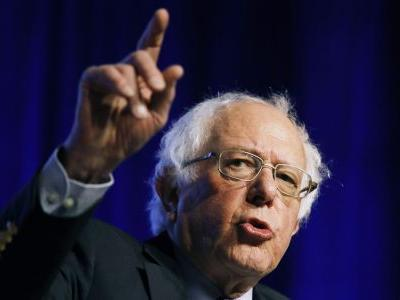 Sanders starts campaign swing with Wisconsin rally