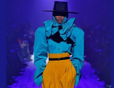 Marc Jacobs brings dramatic finale to NY Fashion Week