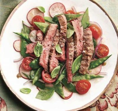 5 Easy Weeknight Dinner Recipes, Including Flank Steak Salad