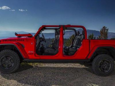 Behold The Jeep Gladiator, America's Newest 14-Year-Old Pickup
