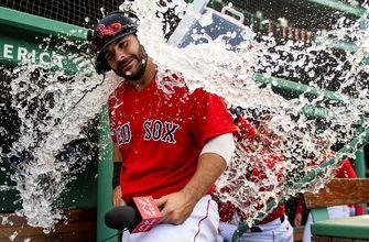 Mitch Moreland's walk-off home run sends Red Sox past Blue Jays, 5-3