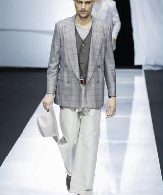 Giorgio Armani Does Everyday Elegance for Spring '19 Collection