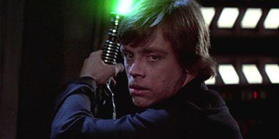 New Video Shows Mark Hamill Reuniting With His Return Of The Jedi Lightsaber