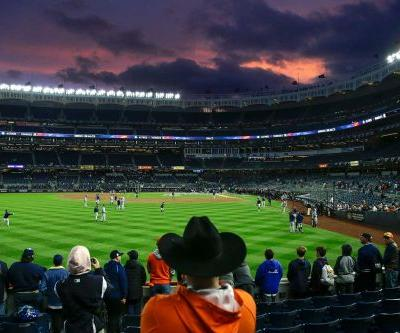 Astros plan to deal with 'dangerous' Yankee Stadium atmosphere