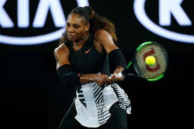 Serena Williams rolls into third round of Australian Open, beats Safarova
