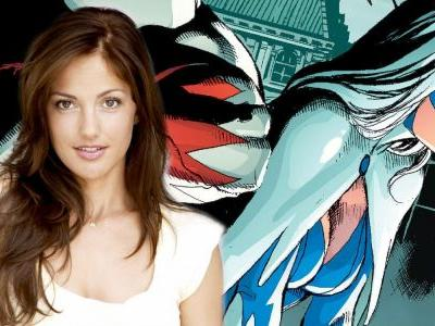 DC's Live-Action Titans Series Casts Minka Kelly as Dove