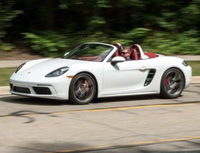Still the One: 2017 Porsche 718 Boxster Tested in Depth!