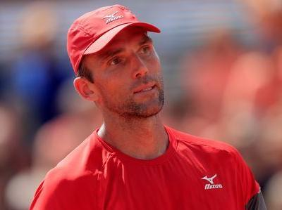 Karlovic, 39, defies Father Time to reach second round