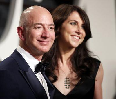 MacKenzie Bezos deserves half of Jeff Bezos' fortune because there would be no Amazon without her