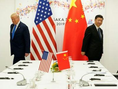 Trump says people need to 'stop politicizing' COVID-19 moments before blaming China for the pandemic once again