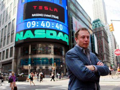 A look at the demanding schedule of Elon Musk, who works in 5-minute slots, skips breakfast, and avoids emails