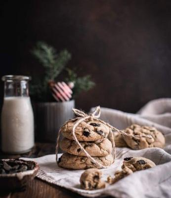 Gluten-Free Brown Butter & Toasted Almond Chocolate Chunk Cookies
