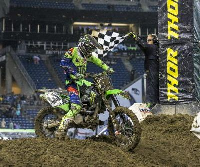 ELI TOMAC MUSCLES HIS WAY TO VICTORY IN SEATTLE
