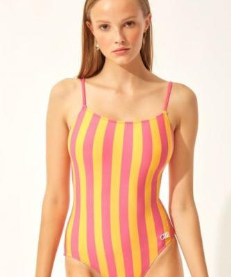 Solid & Striped's Swimsuit Sale Is *So* Good You'll Want Summer To Last Forever