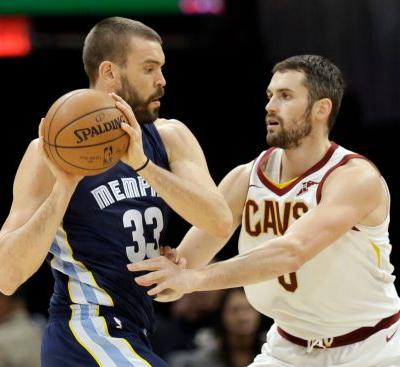 Jame takes over as Cavaliers win 11th straight