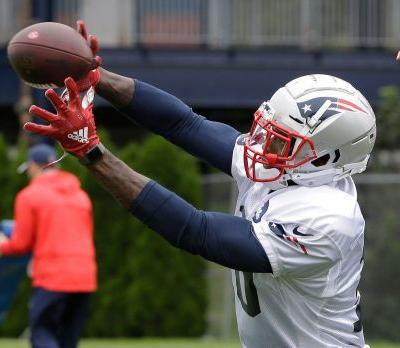 Yes, folks, Belichick does know Gordon is with Patriots