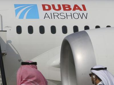 Boeing wins big 787 deal at Dubai Air Show, dealing surprising early blow to Airbus