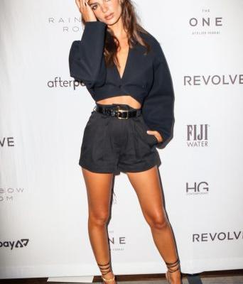 Emily Ratajkowski and Her Legs Stun at the Daily Front Row Fashion Media Awards in NYC