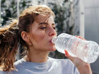 This Is The Only Real Way To Tell If You're Dehydrated