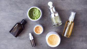 How To Find The Right Face Oil For Your Dollar, According To Dermatology Experts