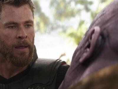 Avengers 4 Star Chris Hemsworth Trolls Teen Choice Awards With Spoilers