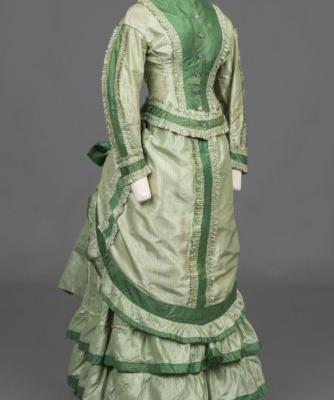 Dress1875-1876Goldstein Museum of Design