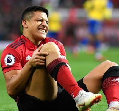 Sanchez ruled out of Man Utd action 'for six to eight weeks'
