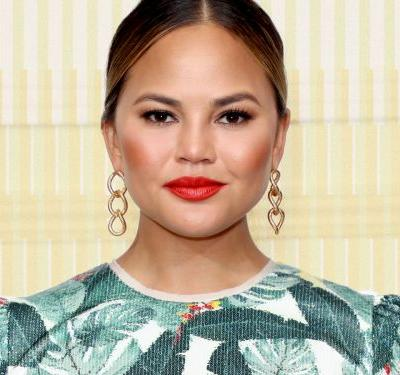 This Video Of Chrissy Teigen Shows Exactly How Much Work Goes Into Her Beauty Look