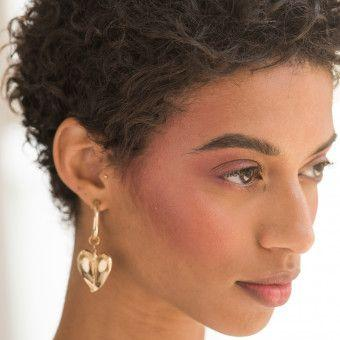 How-To Beauty: Blush Bomb Makeup