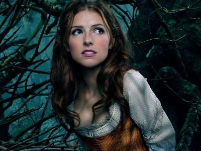 First Look: Anna Kendrick is Santa Claus's Daughter