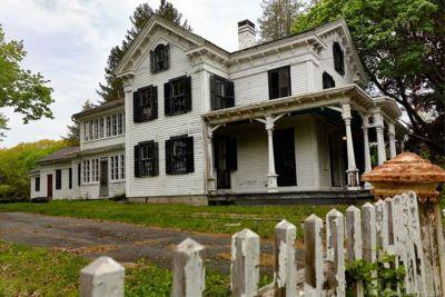 Nobody wants to buy this Connecticut ghost town that's on sale for $1.95 million