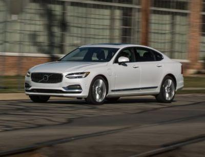 2018 Volvo S90 T8 Plug-In Hybrid Tested: Electrified, Elongated, Enhanced