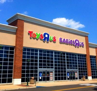 People are freaking out about Toys R Us stores closing following its bankruptcy filing- here's what we know so far