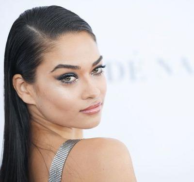This Is Shanina Shaik's Exact Beauty Routine When She Flies