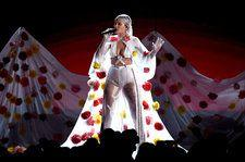 Halsey's 2017 BBMAs Performance Outfit Took 48 Hours to Create: Exclusive