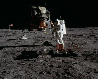 Apollo 11 Flight Log, July 20, 1969: The Moon Landing