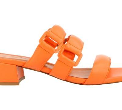 The Creamsicle Slides That Remind Whitney of Her Favorite Fashion Pals