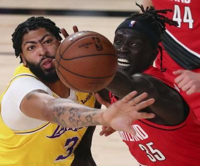 Anthony Davis and the Lakers rebound with authority in Game 2 against the Blazers