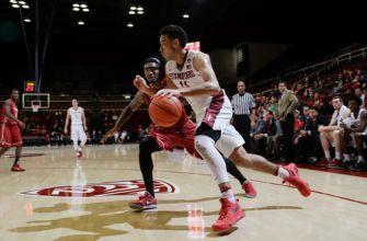 Cartwright scores career-high 21 in Stanford victory