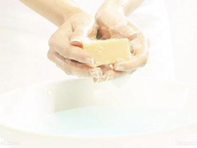 Want to avoid the flu? Don't rush when washing your hands - minimum 20 seconds are needed to kill germs