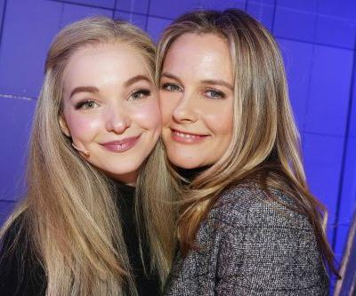 Alicia Silverstone meets Cher backstage at 'Clueless' musical