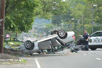 Ex-inmate misses job interview to help driver in crash