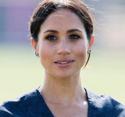 Buckingham Palace Is Selling $40 Replicas Of Meghan Markle's Engagement Ring