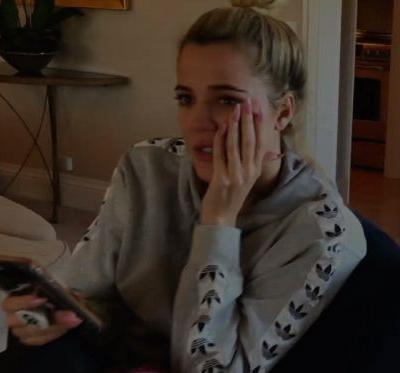 This New 'KUWTK' Season 16 Promo Shows Khloe In Tears & The Family In Distress