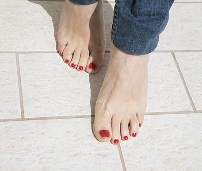 Pedicure Leaves Woman With Severe Burns-Could It Happen to You?