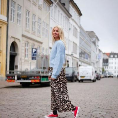 The Unexpected Shoe Style Fashion Girls Are Wearing With Skirts