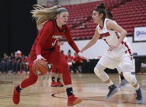Ionescu leads No. 3 Oregon women past St. Mary's, 79-55