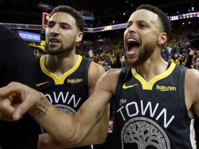 Stephen Curry hails injured Klay Thompson as Warriors confirm torn ACL