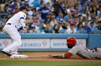 Cards struggle to find clutch hits, fall to Dodgers 3-1